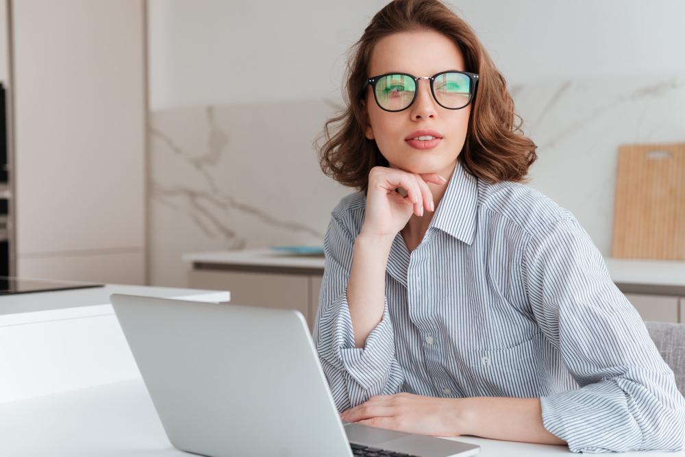 Очила за компютър – необходими ли са?